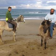 Прокат лошадей Зорайда (Zoraida horse riding). Гид/хозяин Георгий (справа)